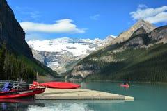 Berg av Banff Alberta, Kanada Lake Louise alberta Royaltyfri Bild