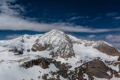 Berg av det norr Kaukasuset Oshten Arkivfoto