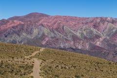 Berg av fjorton färger, Quebrada de Humahuaca Fotografering för Bildbyråer