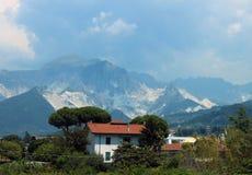 Berg av Tuscany Arkivfoton