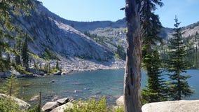 Berg bästa sjö Royaltyfria Bilder