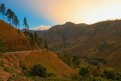 Berg bei Medan Indonesien lizenzfreie stockbilder