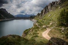 Berg beskådar Fotografering för Bildbyråer