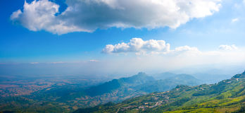 Berg beskådar pekar i Thailand Royaltyfri Bild