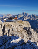 Berg bij de zomer - bovenkant van Lagazuoi, Dolomiet, Italië Stock Afbeelding