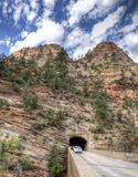 Berg Carmel Tunnel Stockbilder