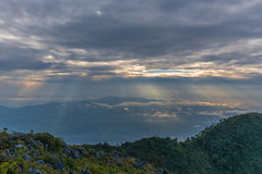 Berg Chiang Dao in Chiang Mai Lizenzfreie Stockfotografie
