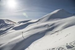 Berg Cupolino mit Schnee im Winter lizenzfreies stockfoto