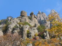 Berg Demerdji - Spookvallei - Alushta, Rusland stock foto's