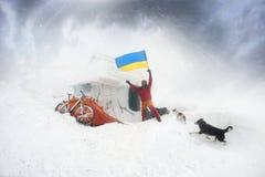 Berg, der auf Goverla im neuen Jahr radfährt Stockfoto