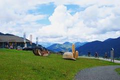 Berg der Richtungen im Alpen-Berg Stockfoto