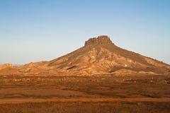 Berg in der Wüste Lizenzfreies Stockfoto