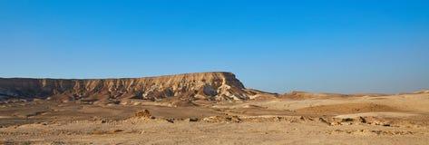 Berg in der Wüste von Israel Stockfotos