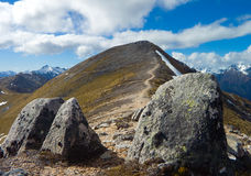 Berg en 2 stenen Royalty-vrije Stock Foto's