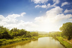 Berg en rive, Thailand Stock Foto's