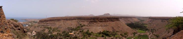 Berg en vallei Royalty-vrije Stock Fotografie
