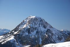 berg för 7 dachstein royaltyfri bild