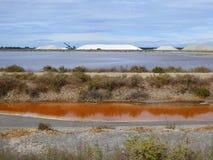 berg för antilles bonaire salt karibiska holländska extraktionö Arkivfoto