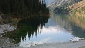berg för berg för lake för gummilacka för corsica corsican crenode france lager videofilmer
