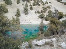 berg för berg för lake för gummilacka för corsica corsican crenode france Royaltyfri Foto