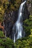 berg för falls för aberabergwyngregyncarneddau near den norr uk-byn wales Fotografering för Bildbyråer