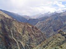 berg för india ladakhliggande Fotografering för Bildbyråer
