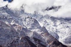 Berg för JadedrakeSnow arkivfoto