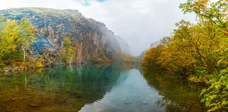 berg för berg för lake för gummilacka för corsica corsican crenode france Royaltyfria Bilder