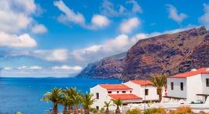 Berg för Los Gigantes i Tenerife Arkivbild