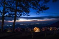 Berg för nattsiktsDoi angkhang Royaltyfria Bilder