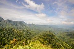 Berg för siktspunkt av Phu Soi Dao Nationnal Park Arkivbild
