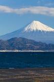 Berg Fuji och hav på Miho ingen Matsubara Arkivbild