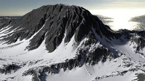 Berg in het panorama dat van het sneeuwlandschap wordt behandeld royalty-vrije stock fotografie