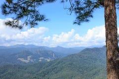 Berg hoch in Thailand Lizenzfreies Stockbild