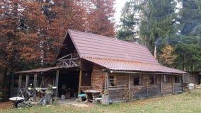Berg houten cabine Royalty-vrije Stock Afbeeldingen