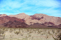 Berg i öknen av Death Valley, Kalifornien Arkivfoto