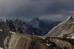 Berg i avstånd Fotografering för Bildbyråer