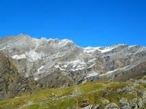 Berg i blått Royaltyfri Fotografi