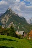 Berg i Bovec Arkivbild
