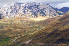 Berg i höst Den nationella naturen parkerar Fotografering för Bildbyråer