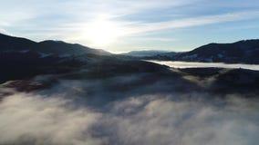 Berg i vinter stock video
