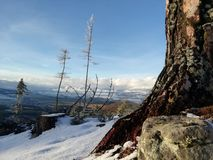 Berg im Himmel lizenzfreie stockfotos