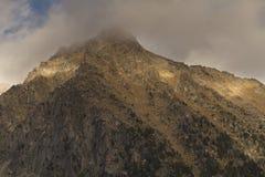 Berg im Park lizenzfreie stockfotos