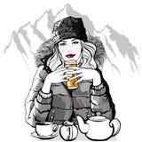 Berg - junge Frau, die bevor dem Ski fahren frühstückt lizenzfreie abbildung