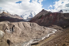Berg kleurrijk landschap Het gebied van Pamir Kyrgystan Royalty-vrije Stock Fotografie