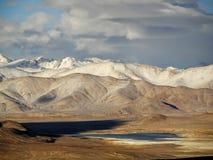 Berg landcape in Pamir Royalty-vrije Stock Foto's