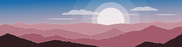 Berg landskap med sunen och moln naturlig sky för blå ljus gräsgreenliggande P Arkivfoto