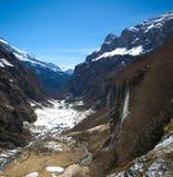 Berg lanscape met watervallen stock fotografie