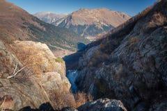 Berg lopp, natur, sjöar, härligt ställe arkivfoton