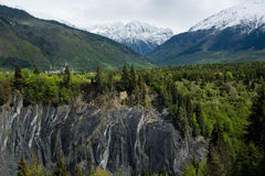 Berg nära Mestija, Georgia Royaltyfri Fotografi